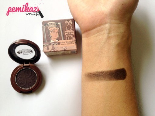 review-swatch-beautycottage-colour-mystique-matt-shadow-rocky-brown