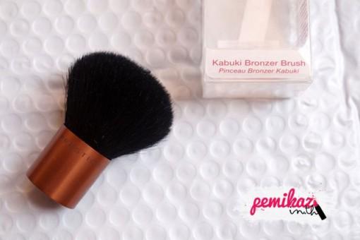 Pemikaz-Luxola-Prestige-Kabuki-Bronzer-Brush