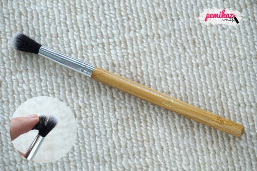 review-magique-blending-brush