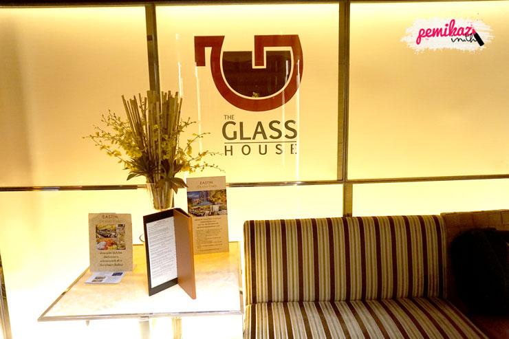 เปมิกาพากิน Grand Weekend Buffet ที่ห้องอาหาร The Glass House โรงแรม อีสติน แกรนด์ สาทร