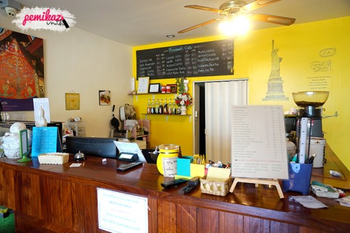 poonnawat-cafe1