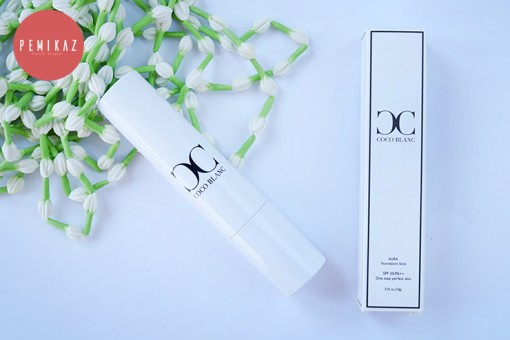coco-blanc-aura-foundation-stick-1
